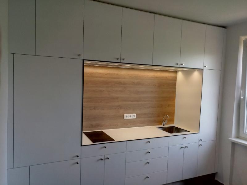 kuchyne100a