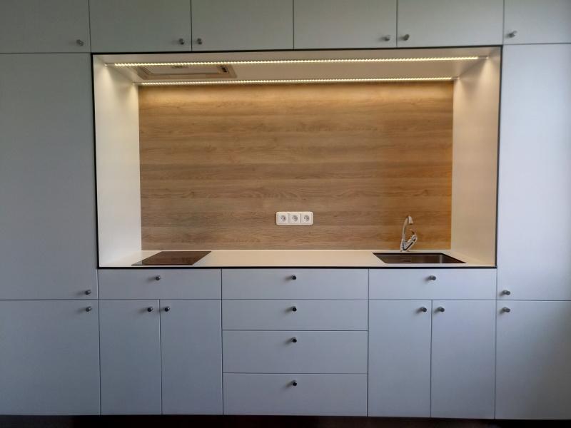 kuchyne100b