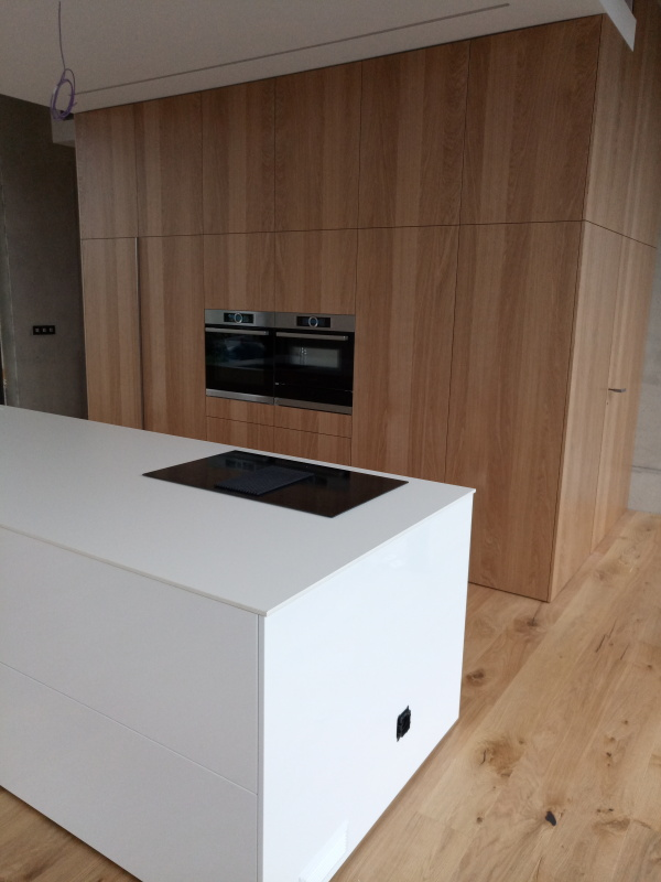kuchyne105j
