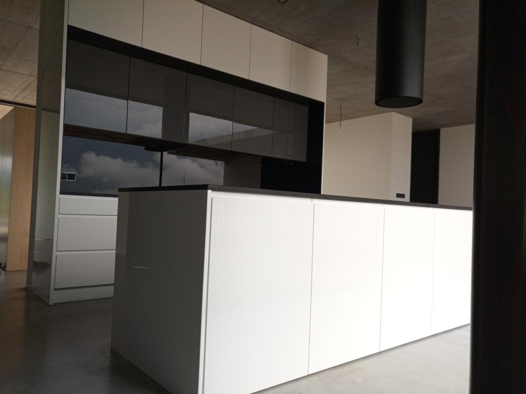 kuchyne106b
