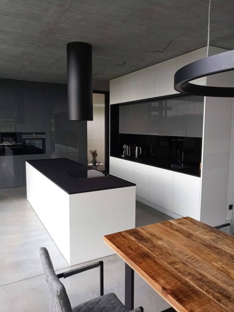 kuchyne106h