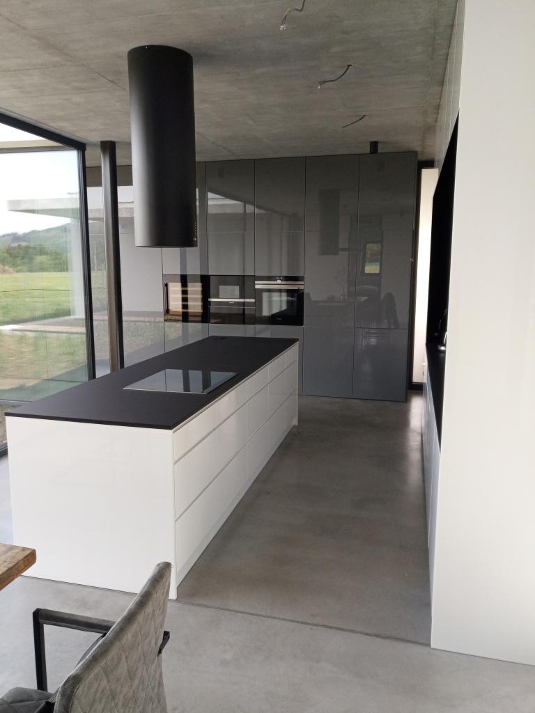 kuchyne106j