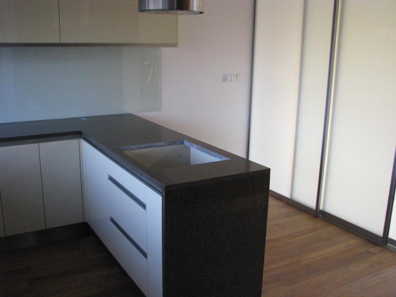 kuchyne57g