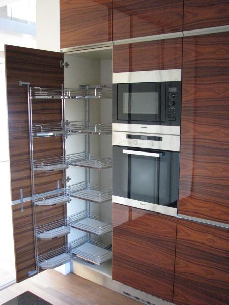 kuchyne57l