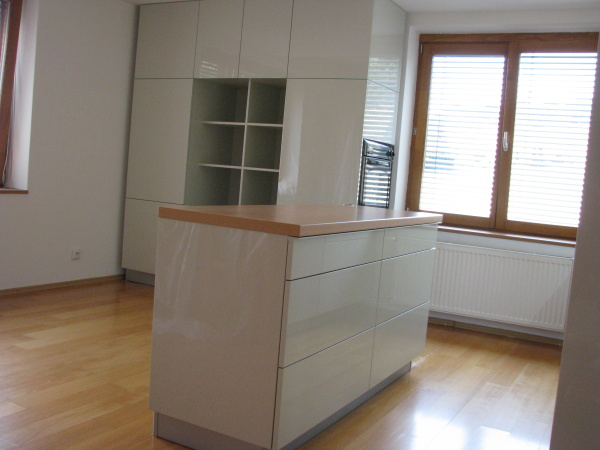 kuchyne74e