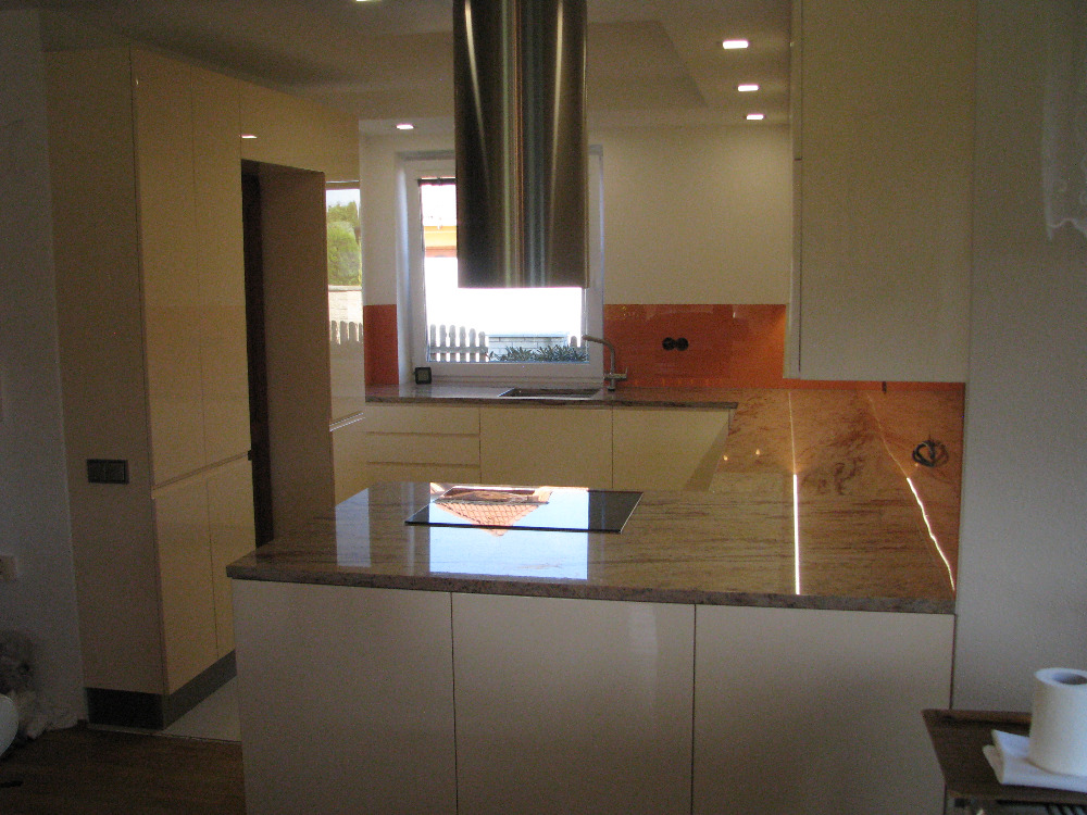 kuchyne92h