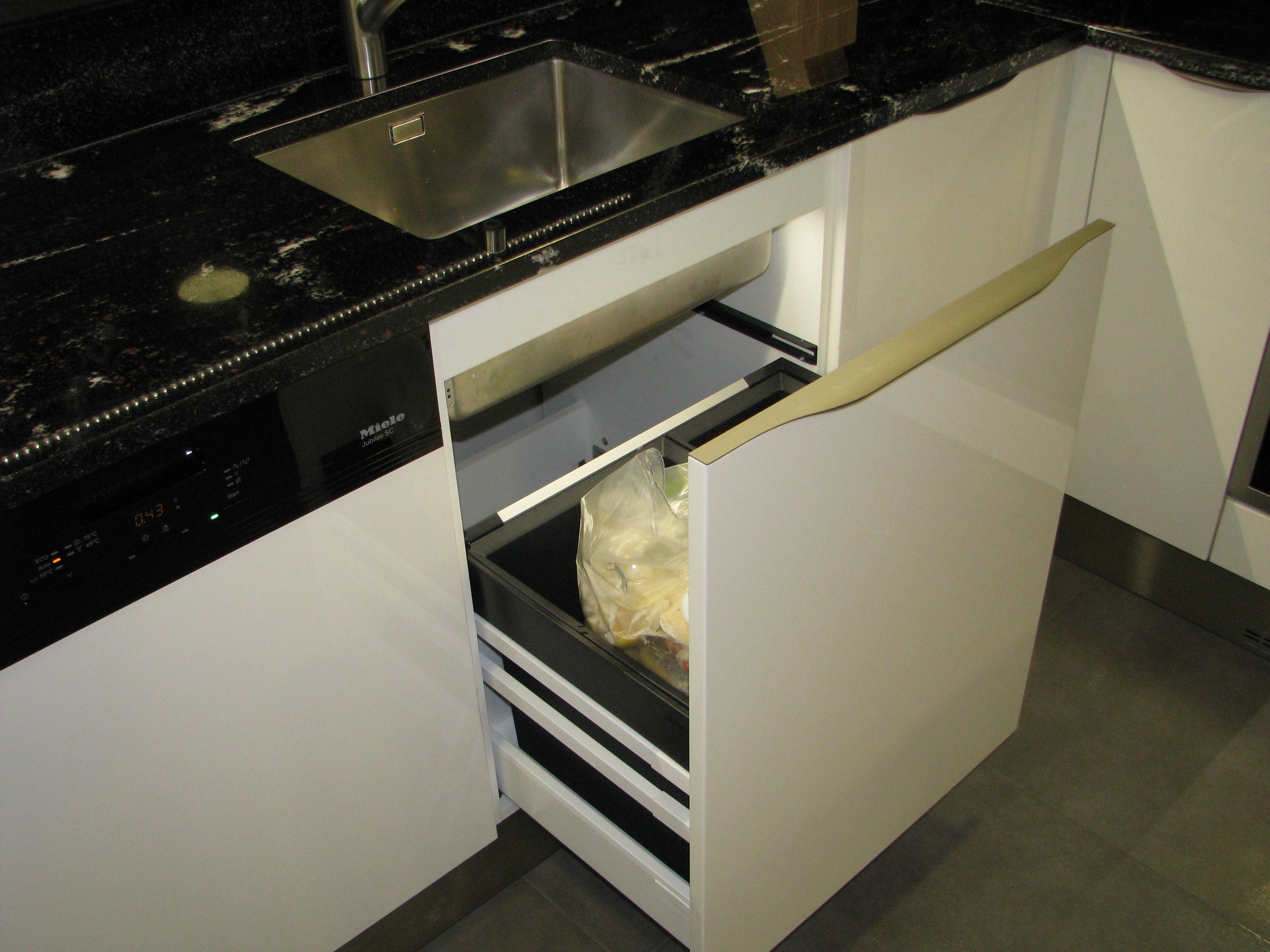 kuchyne94g