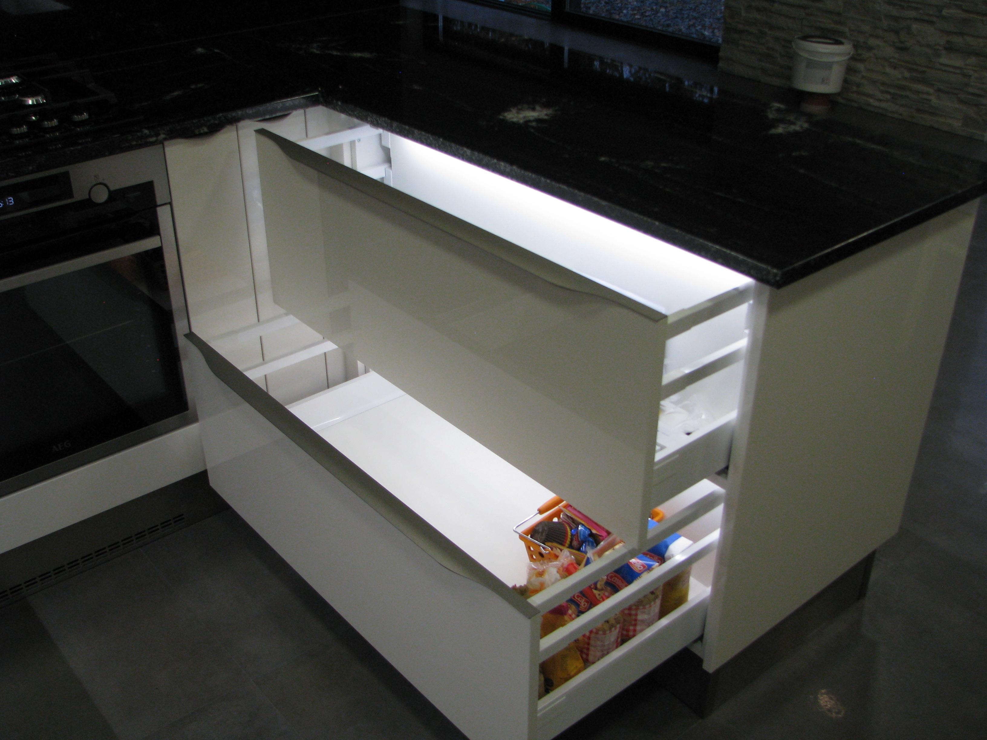 kuchyne94m