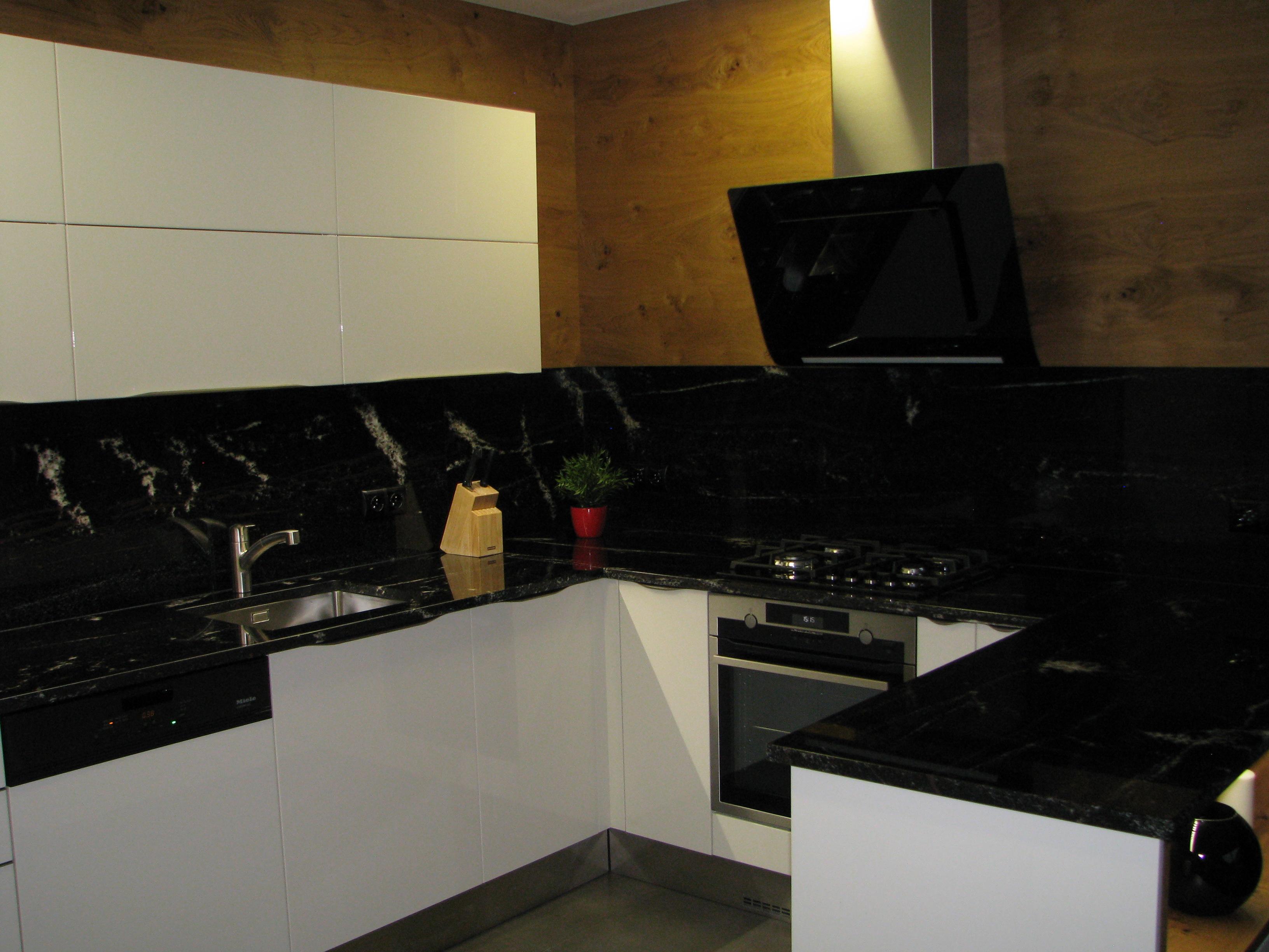 kuchyne94r